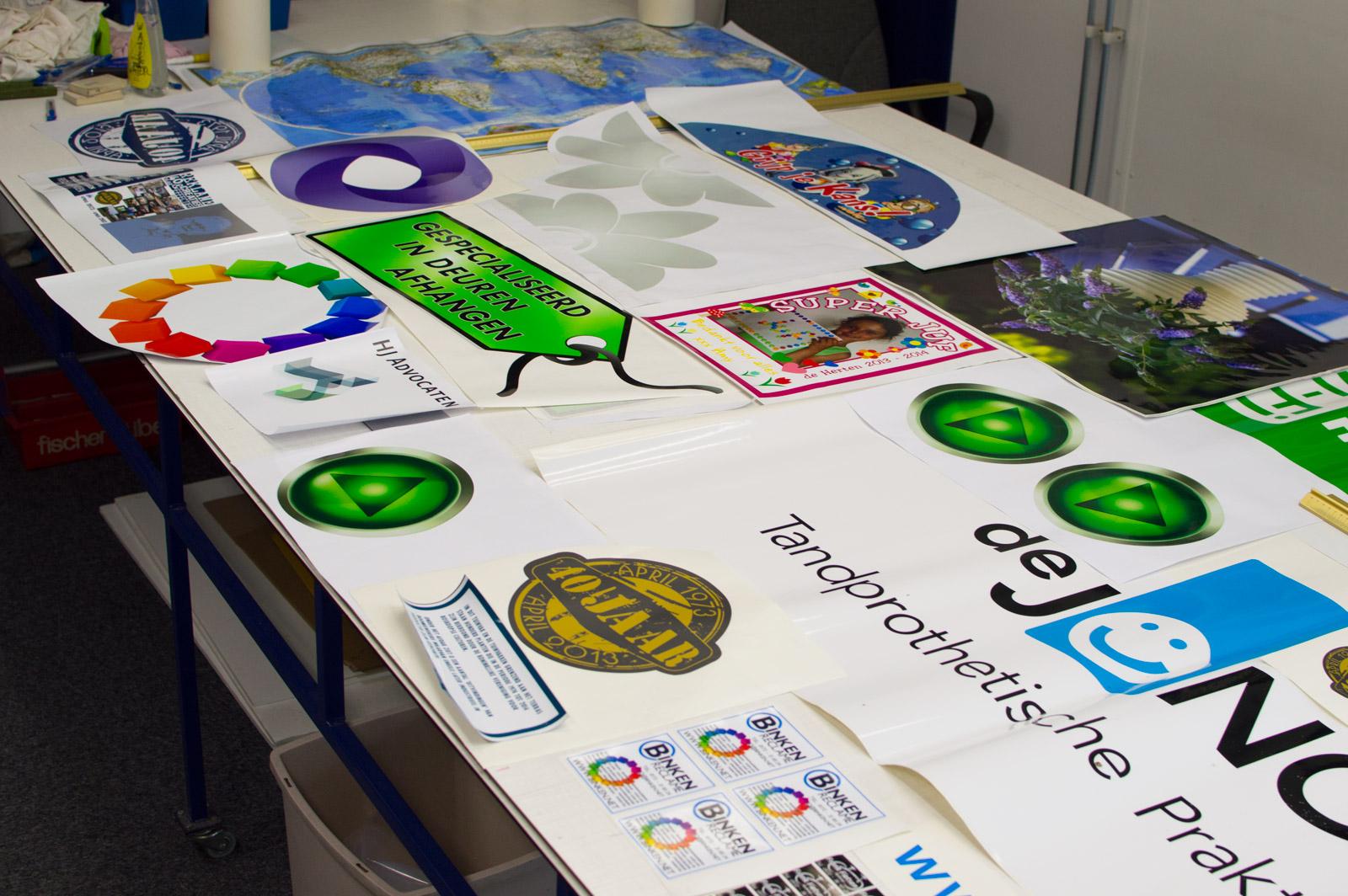 Spiegel Stickers Kopen : Stickers zelf ontwerpen naar eigen ontwerp