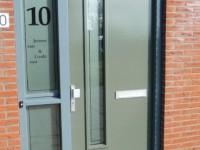 raamfolie, voordeur, huisnummer, naam