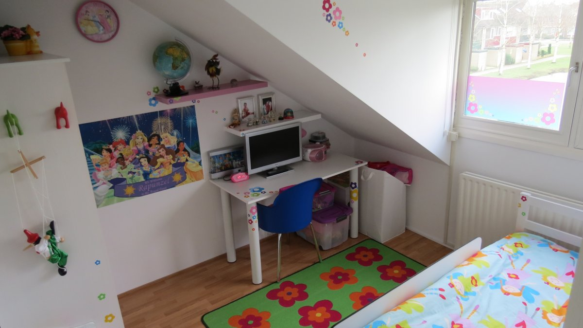 Muurstickers Kinderkamer Belgie.Muursticker C A Gesneden Muursticker Muursticker Plaktextiel