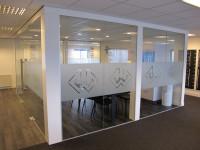 Gesneden glasfolie (1), kantoor, gesneden, logo