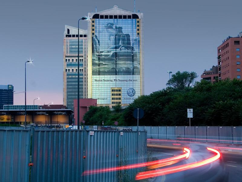 Folie met gaatjes (7), kantoorgebouw, groot, meerdere ramen